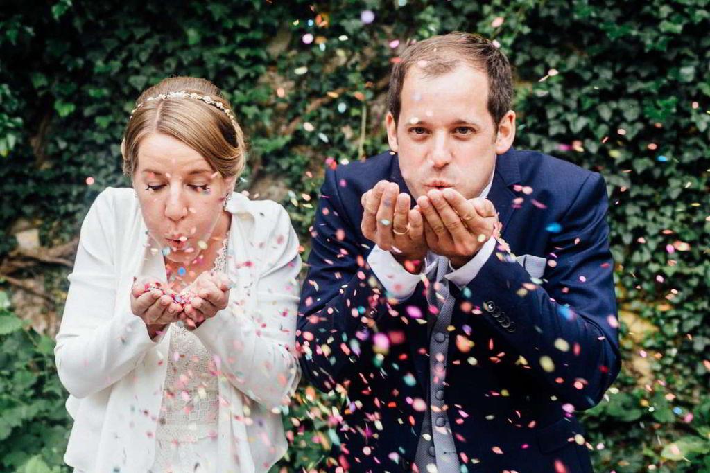 Hochzeitsfotografie Stuttgart Anne und Markus Paarshoot Konfetti