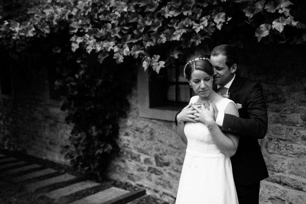Hochzeitsfotografie Stuttgart Anne und Markus Paarshoot Schwarzweiss