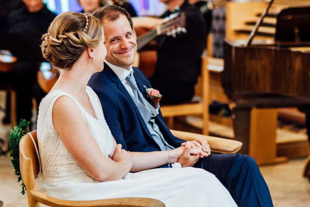 Hochzeitsfotografie Stuttgart Anne und Markus Trauung Bräutigam
