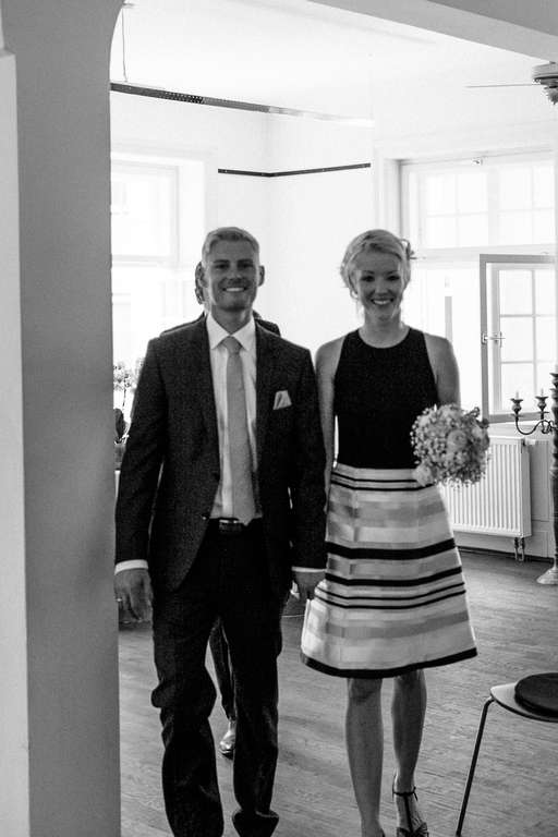 Hochzeitsfotograf Stuttgart Clarissa und Michael Gratulation Auszug