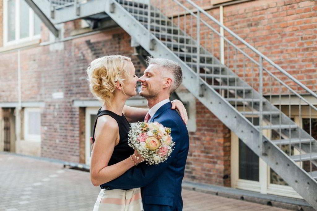 Hochzeitsfotograf Stuttgart Clarissa und Michael Paarshooting Innenstadt