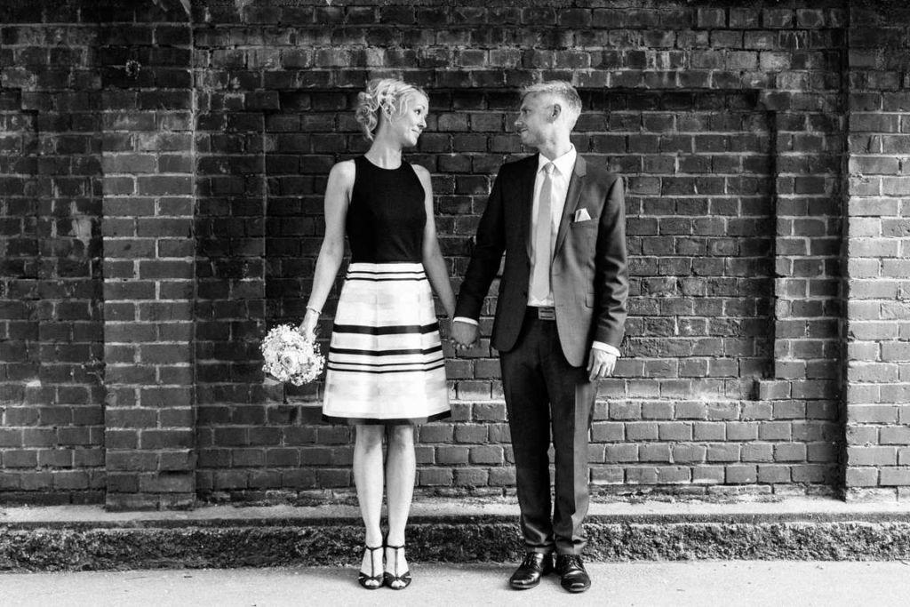 Hochzeitsfotograf Stuttgart Clarissa und Michael Paarshooting Wand