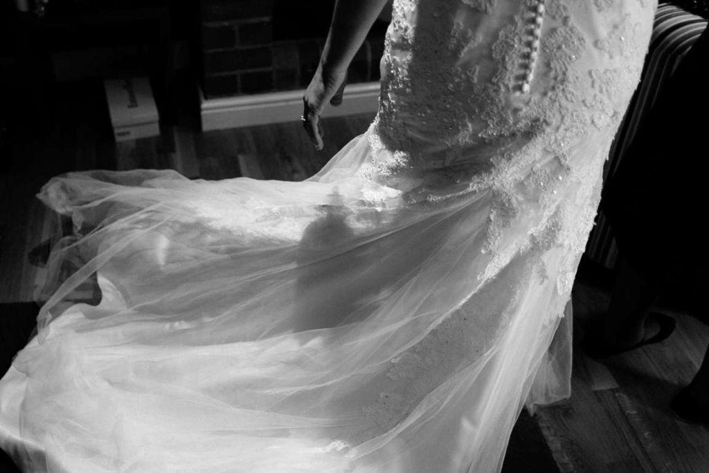 Hochzeitsfotograf Stuttgart Auslandshochzeit Brautkleid BW