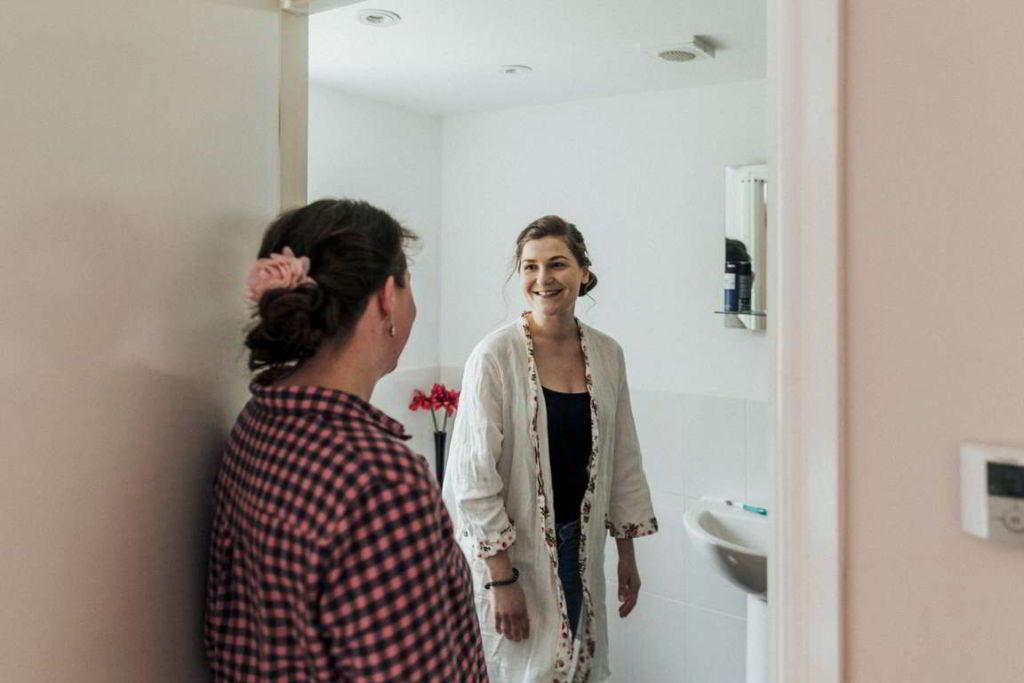 Hochzeitsfotograf Stuttgart Auslandshochzeit getting ready Trauzeugen