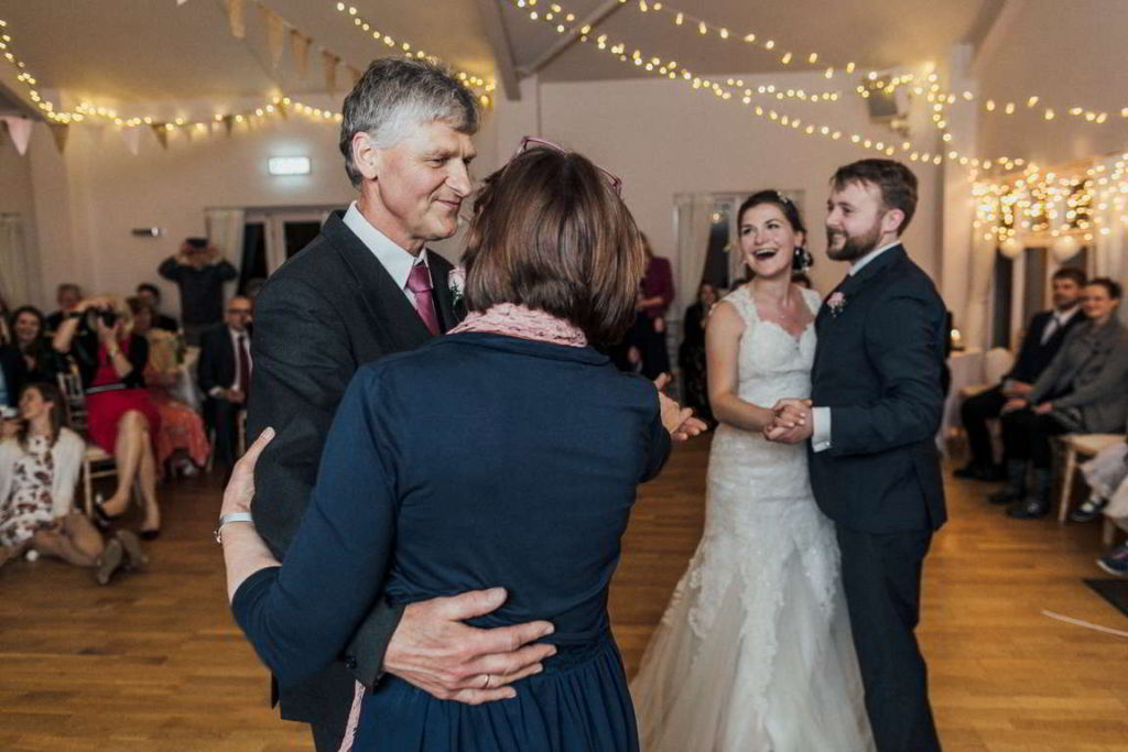 Hochzeitsfotograf Stuttgart Auslandshochzeit Hochzeitstorte Hochzeitstanz