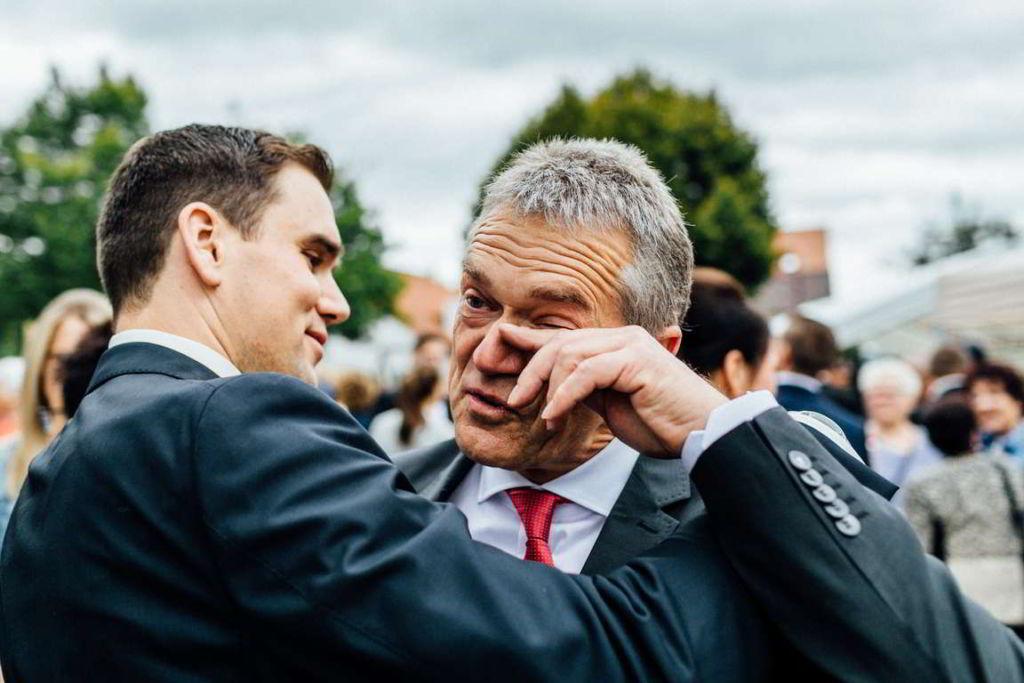 Hochzeitsfotograf Eberdingen Jana und Matthias Gratulation Vater