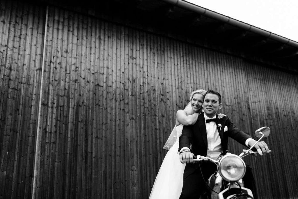 Hochzeitsfotograf Eberdingen Jana und Matthias Paarshoot Bike
