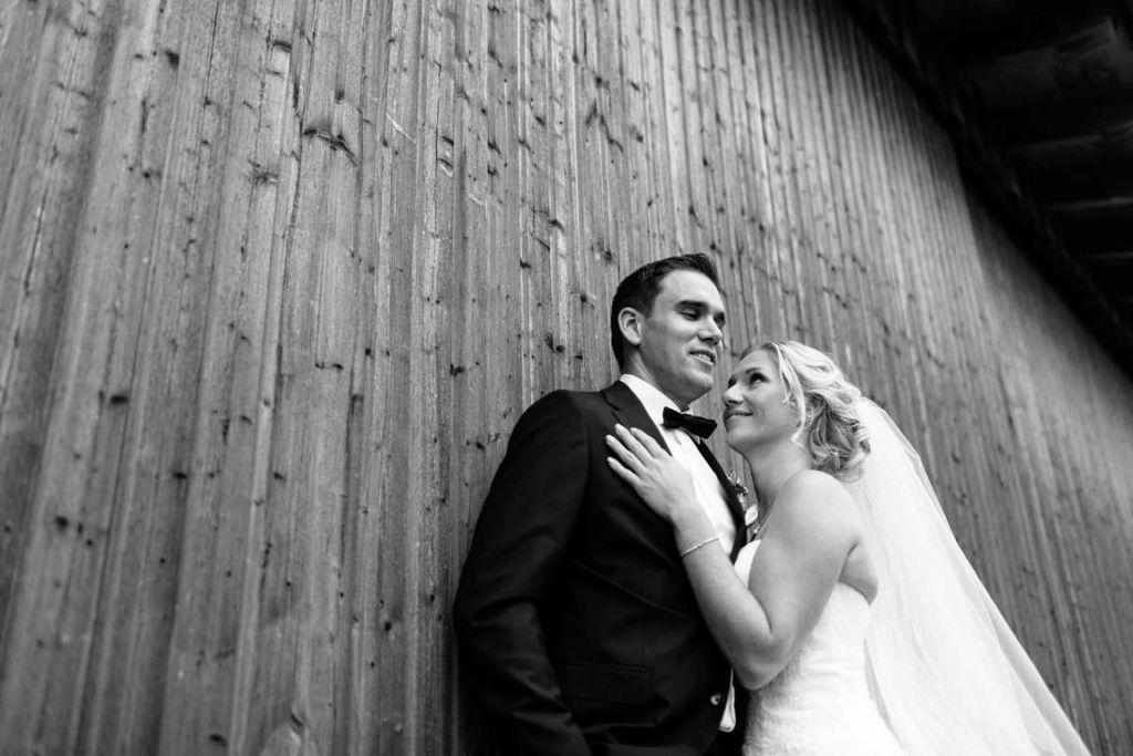 Hochzeitsfotograf Eberdingen Jana und Matthias Paarshoot Wand