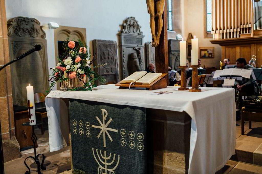 Hochzeitsfotograf Eberdingen Jana und Matthias Trauung Altar