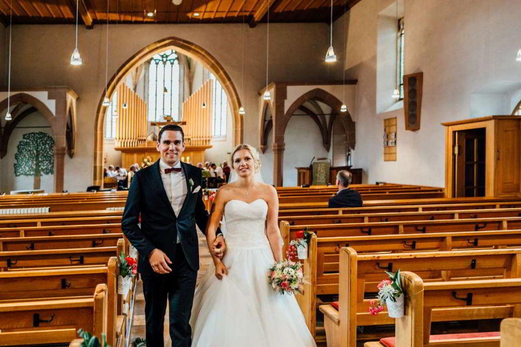 Hochzeitsfotograf Eberdingen Jana und Matthias Trauung Auszug