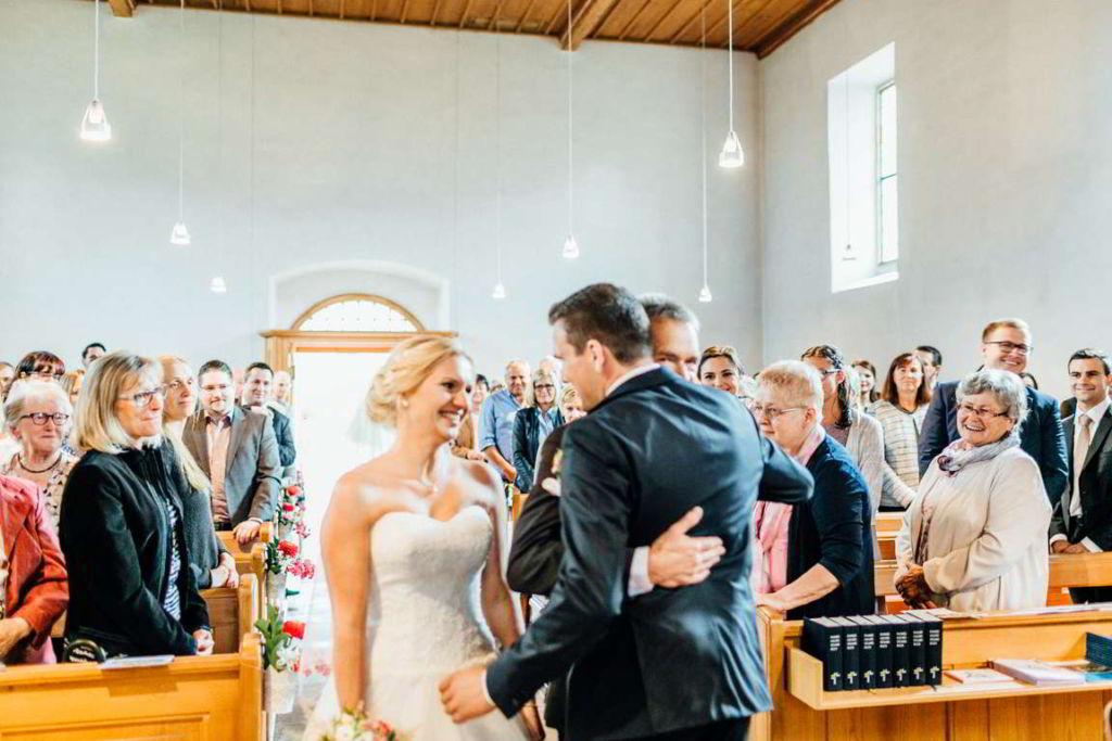 Hochzeitsfotograf Eberdingen Jana und Matthias Trauung Begegnung