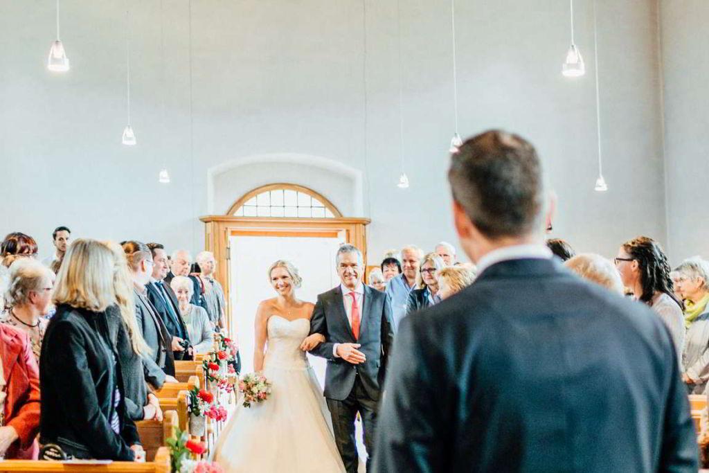 Hochzeitsfotograf Eberdingen Jana und Matthias Trauung Einzug