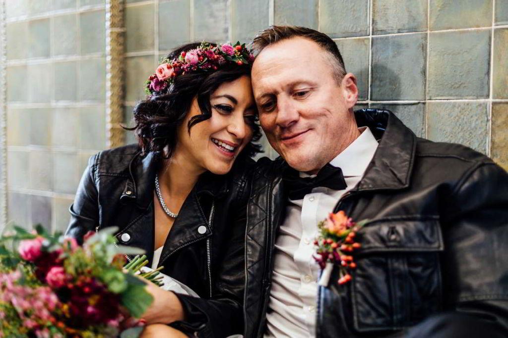 Urban Wedding Jasmin und Marco Hauswand