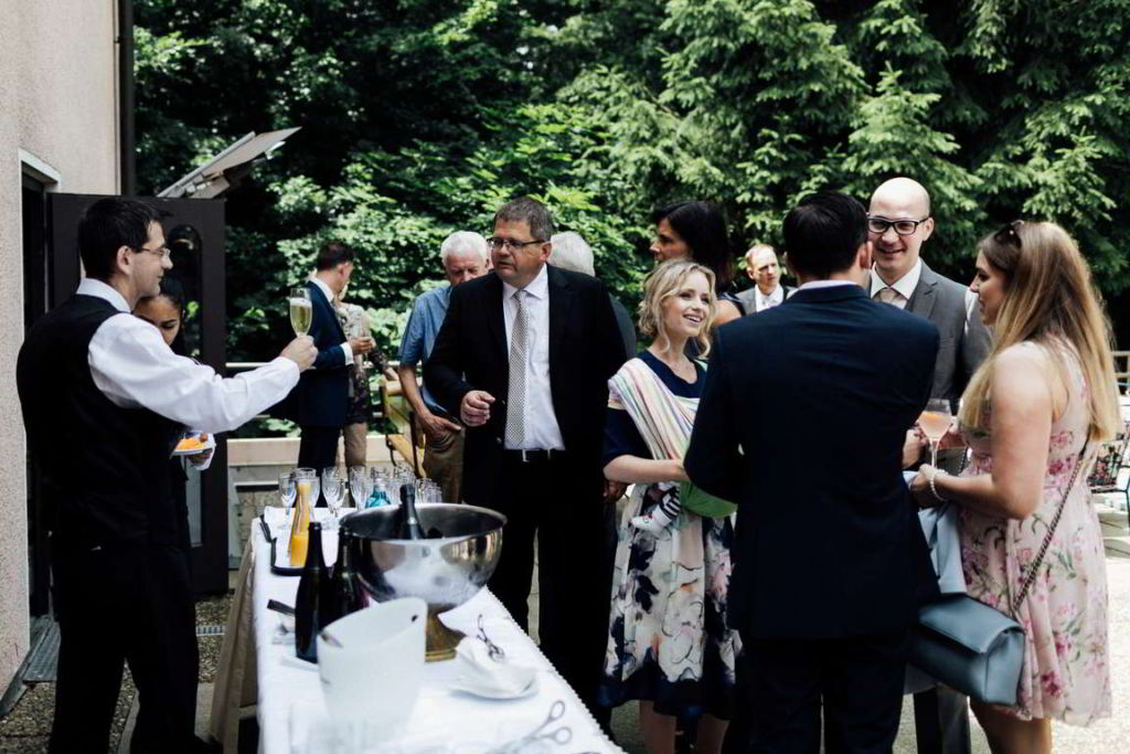 Hochzeitsfotos Melanie und Marc Sektempfang