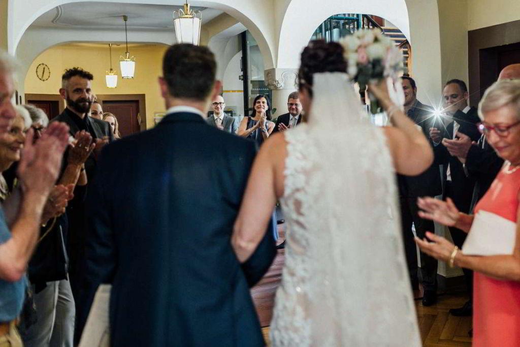 Hochzeitsfotos Melanie und Marc Standesamt Auszug