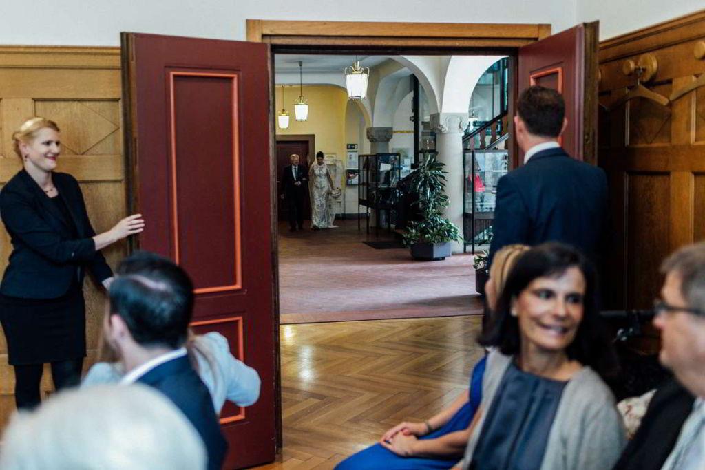 Hochzeitsfotos Melanie und Marc Standesamt Einzug