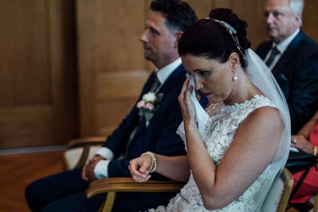 Hochzeitsfotos Melanie und Marc Standesamt Gefühle