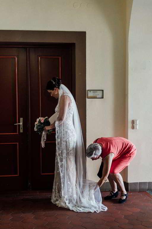 Hochzeitsfotos Melanie und Marc Vorbereitung Standesamt