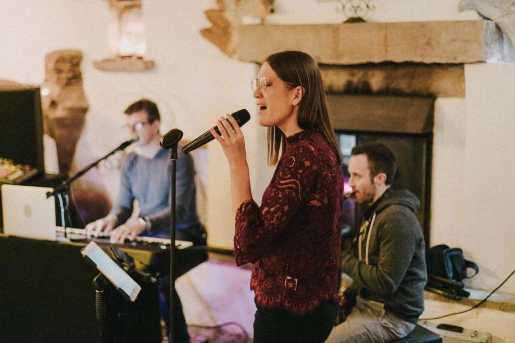 Hochzeitsmusik Sabrina Burkard Mikro