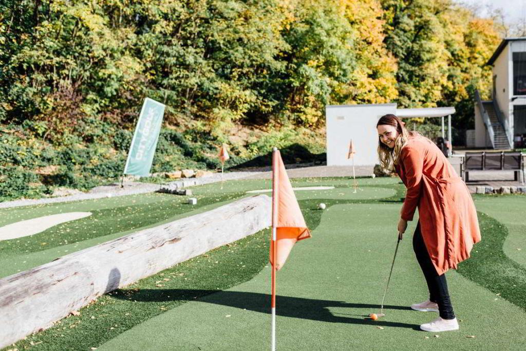 Hochzeitsfotograf Stuttgart- Hochzeitsplaner Golfspiel
