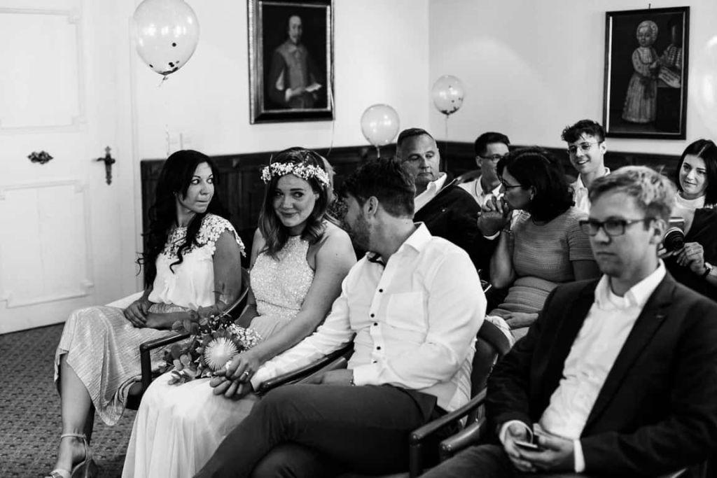 Hochzeitsfotograf Stuttgart Boho Hochzeit Standesamt Tränen