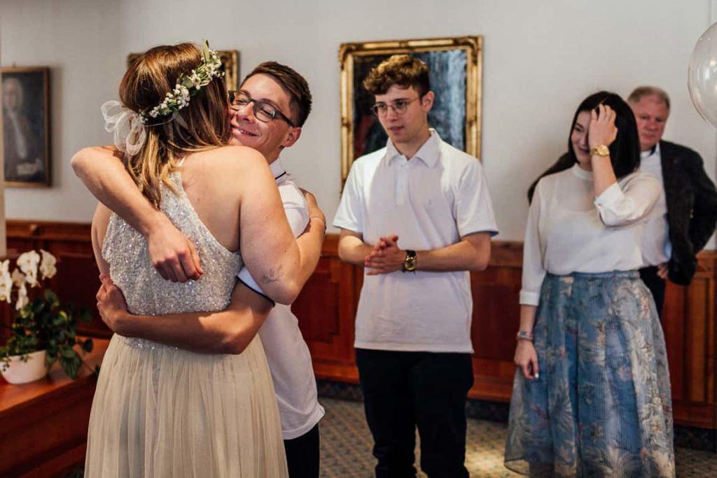 Hochzeitsfotograf Stuttgart Boho Hochzeit Standesamt Gratulation Geschwister
