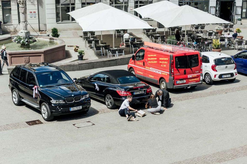 Hochzeitsfotograf Stuttgart Boho Hochzeit Sektempfang Hochzeitsauto