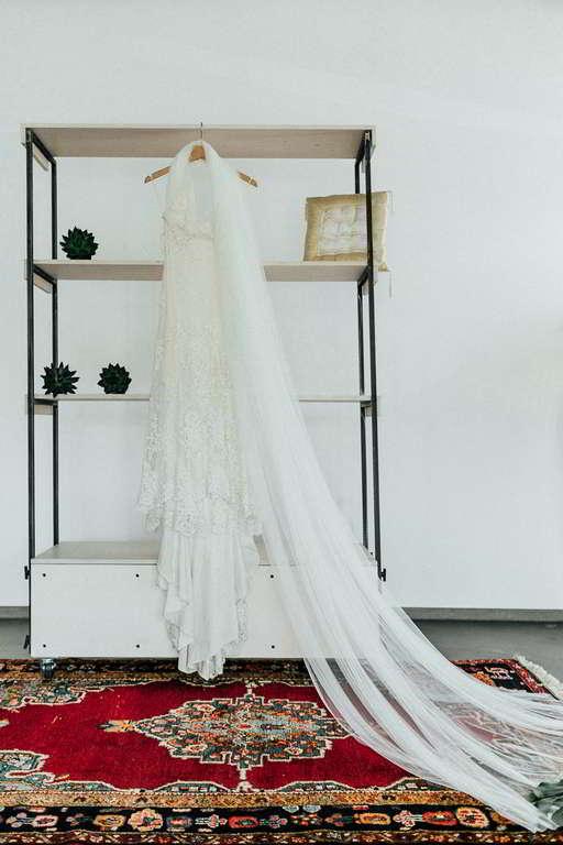 Hochzeitsfotograf Stuttgart Moderne hochzeitsbilder Brautkleid