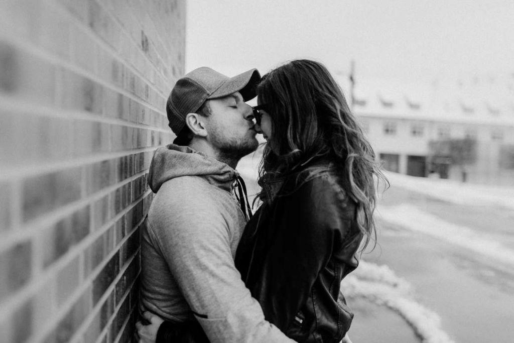 Paarbilder Kathi und Julian Kuss