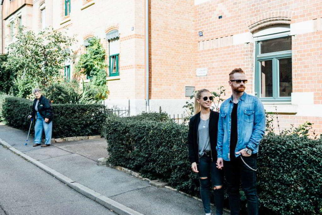 Paarfotografie Fotos Paare Sina und Mirko Sonnenbrillen