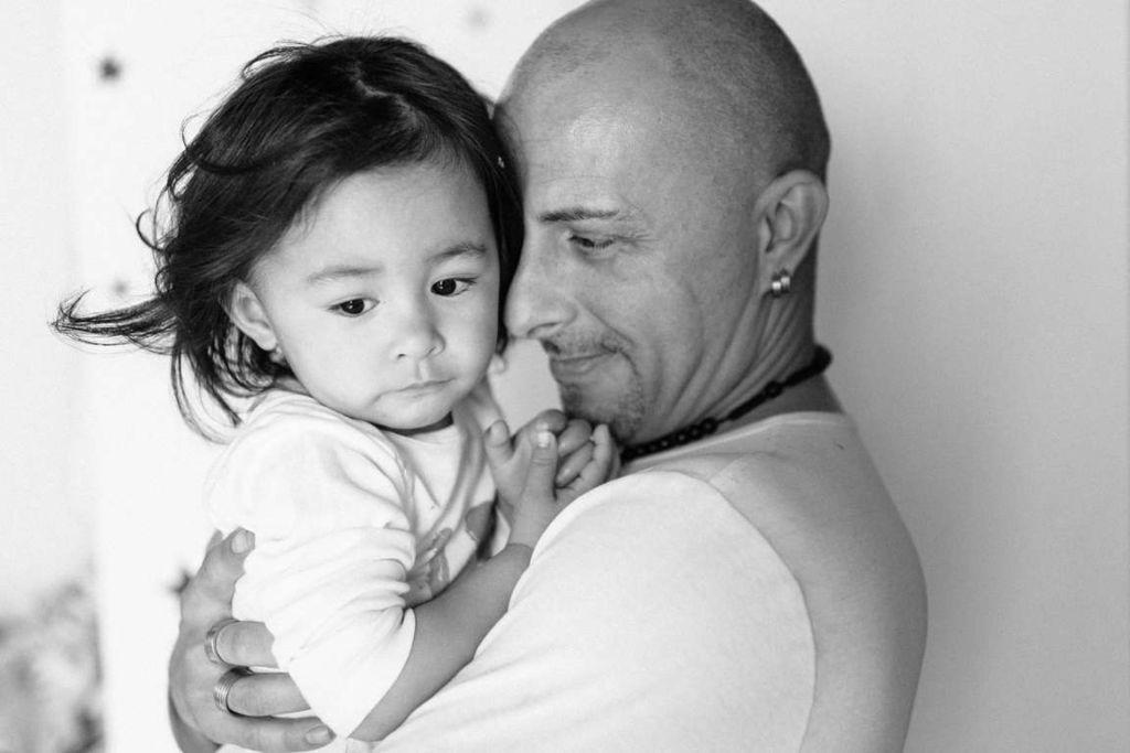Familienfotograf Stuttgart Yasmin und Mark Emotionen