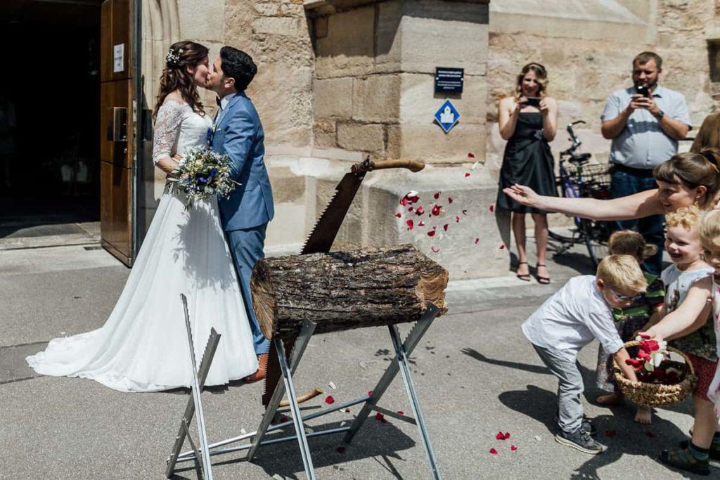 Hochzeitsfotograf Stuttgart Hochzeitslocation Kirchheim Teck Kuss
