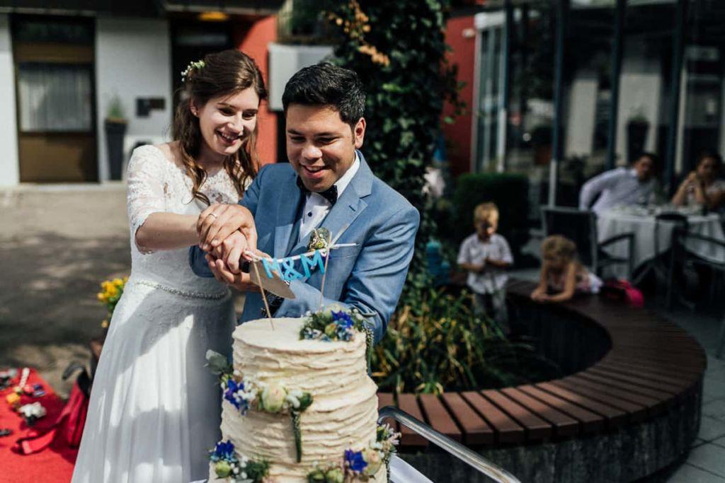 Hochzeitsfotograf Stuttgart Hochzeitslocation Kirchheim Hochzeitstorte