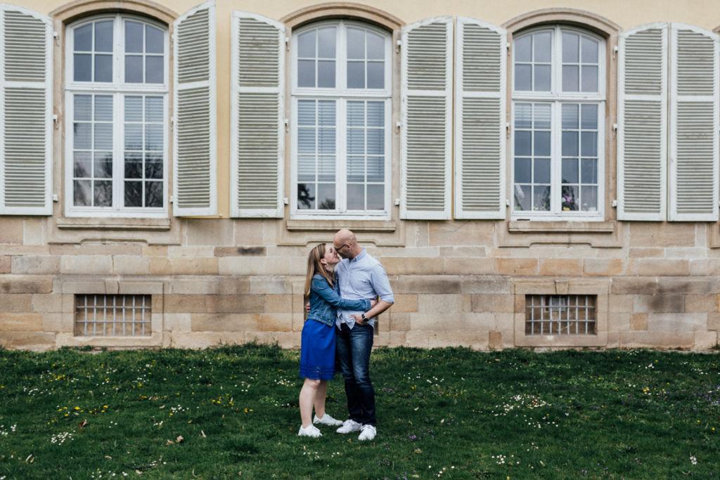Pärchenbilder im Schloss Hohenheim Brautpaar