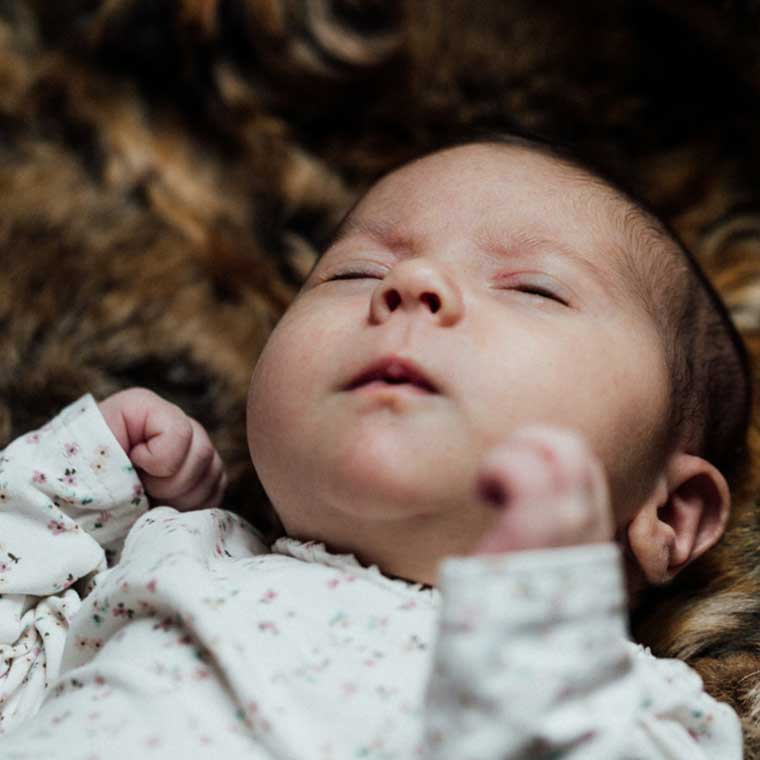 familienfotos-in-stuttgart-schlafen-baby