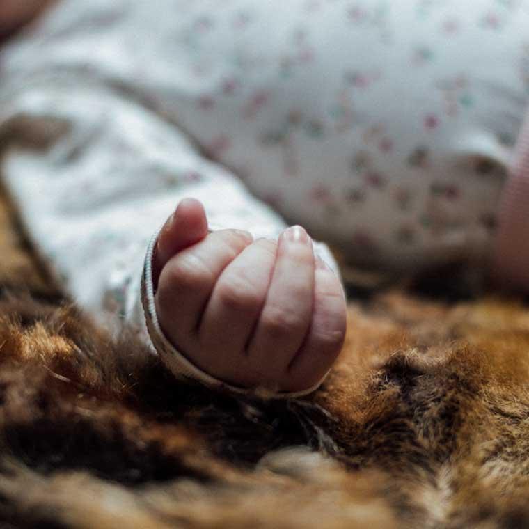 familienfotos-in-stuttgart-klitzekleine-Finger