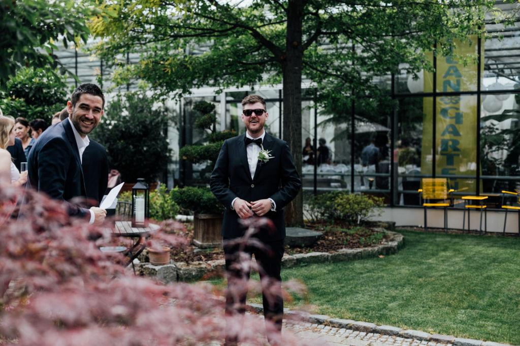 Hochzeitsfotos in Stuttgart Trauung Bräutigam