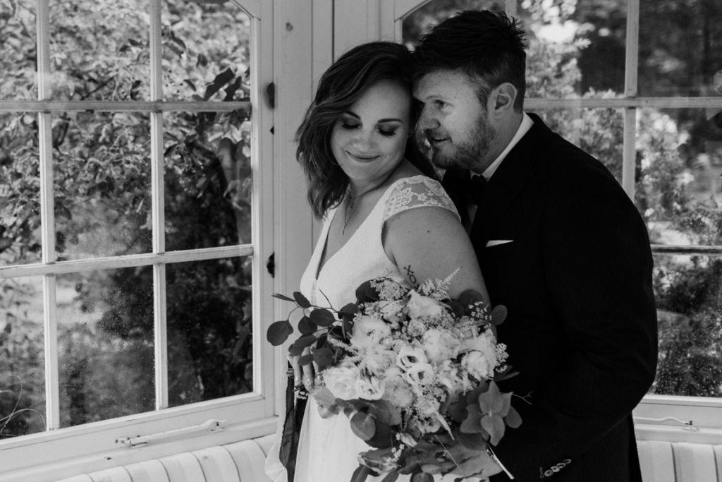 Hochzeitsfotos in Stuttgart Paarshooting schwarzweiss
