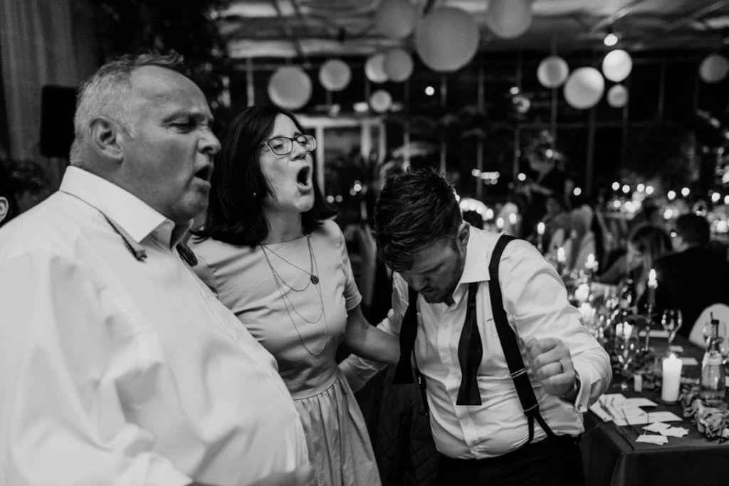 Hochzeitsfotos in Stuttgart Tanzen Party