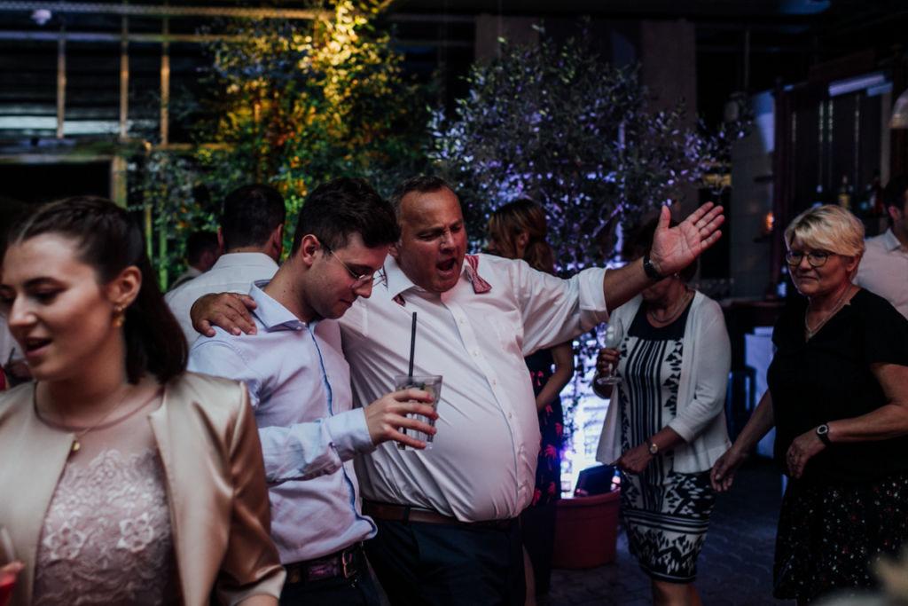 Hochzeitsfotos in Stuttgart Party Musik